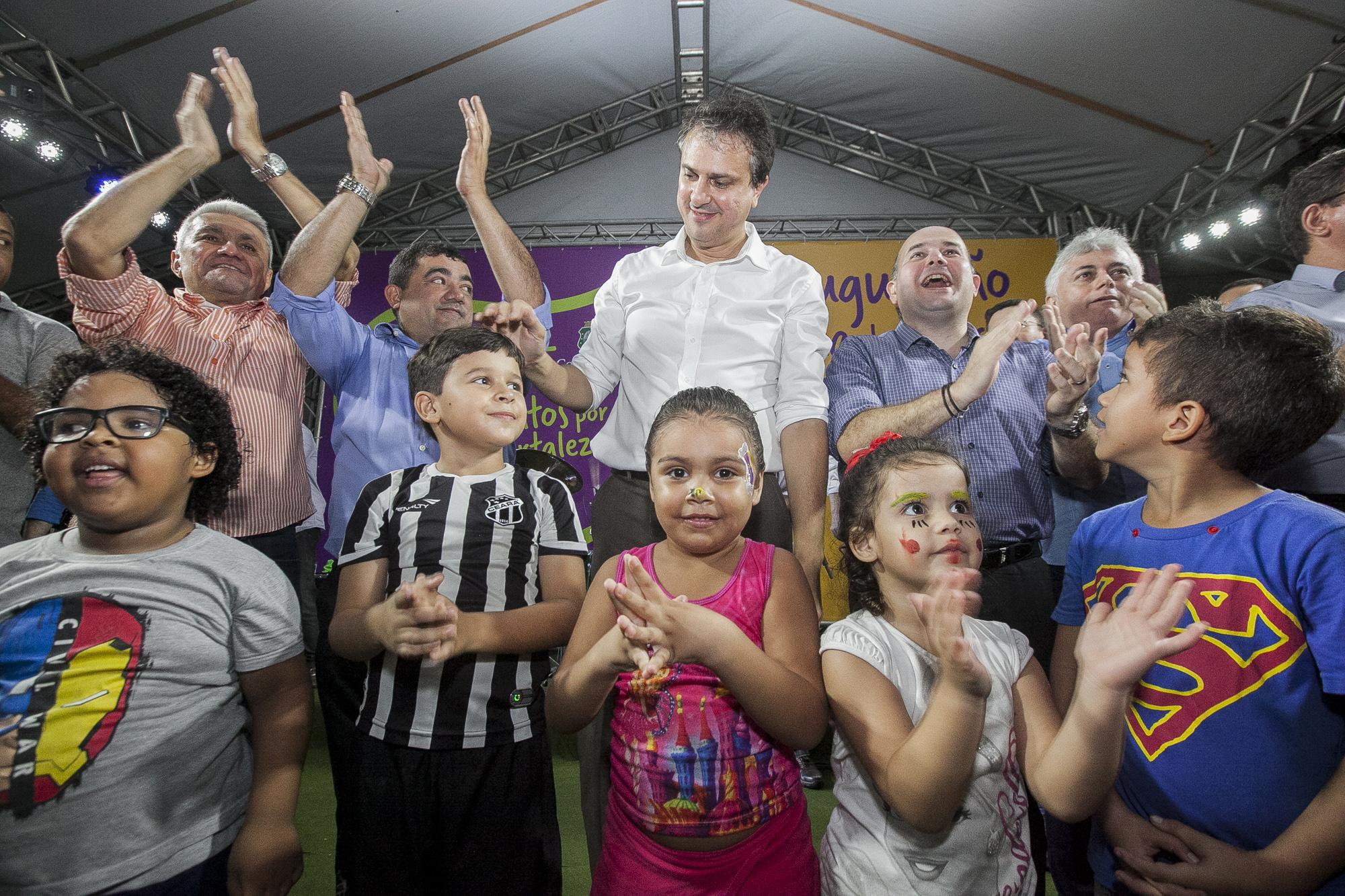 População de Fortaleza é beneficiada com a nova praça da estação JK